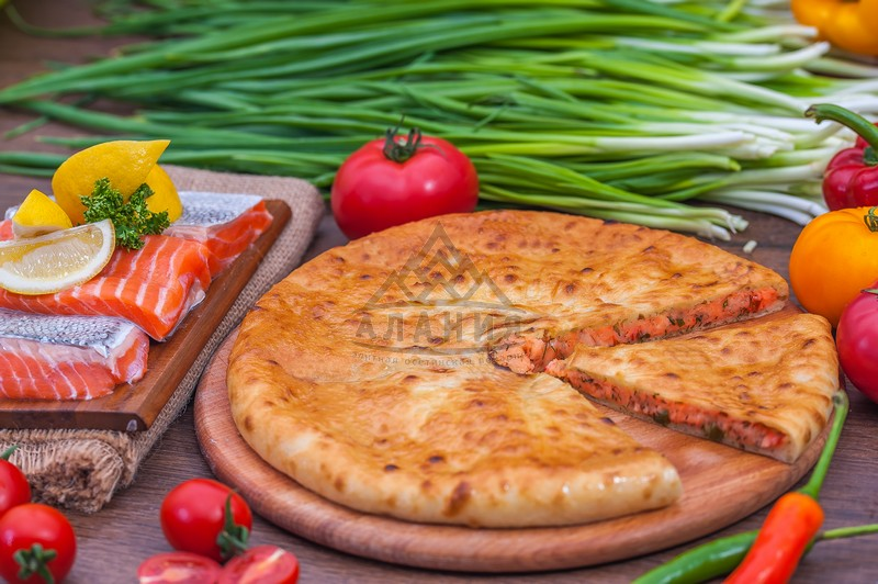 Pie with salmon, cheese, tomatoes and greens - alania.com.ua